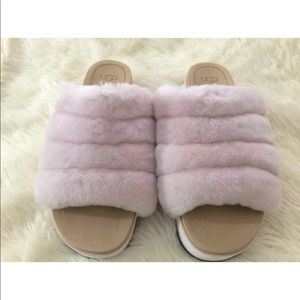 UGGS Pink Fluff Sandal Size 8.5 Women